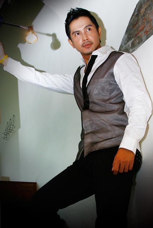 U00bb Thanayong Wongtrakul