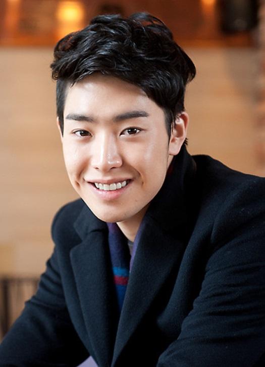 » Park Min Woo